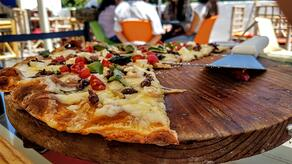 Insect pizza | IFIS Publishing